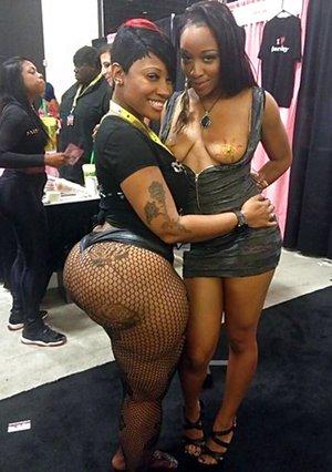 Black Lesbians Pictures